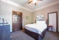 Room #12 - 2nd Floor Queen