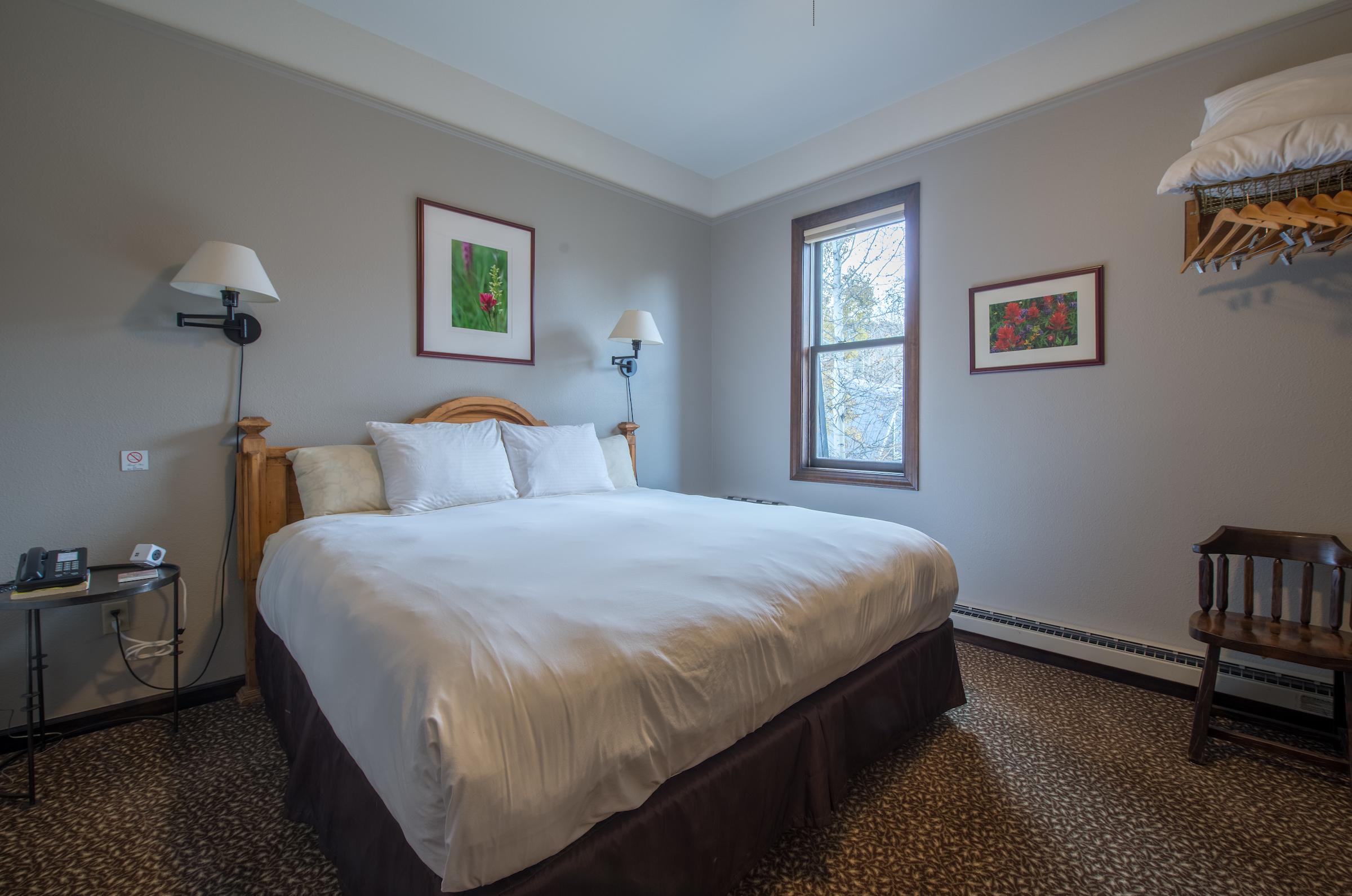 Room #5 - 2nd Floor King